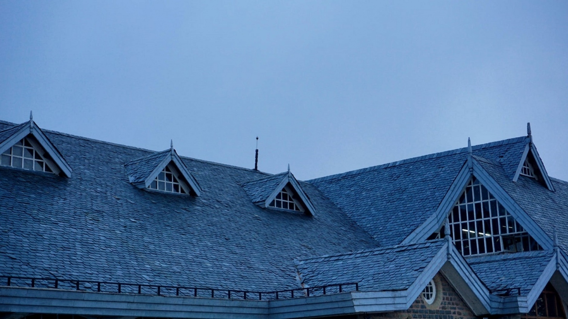 How To Bring Off Your Home Roof from The Heat?